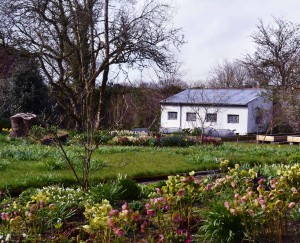 Gardens and Castles in the Midlands of Ireland