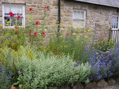 cottage-herb-garden-at-kilgraney-house