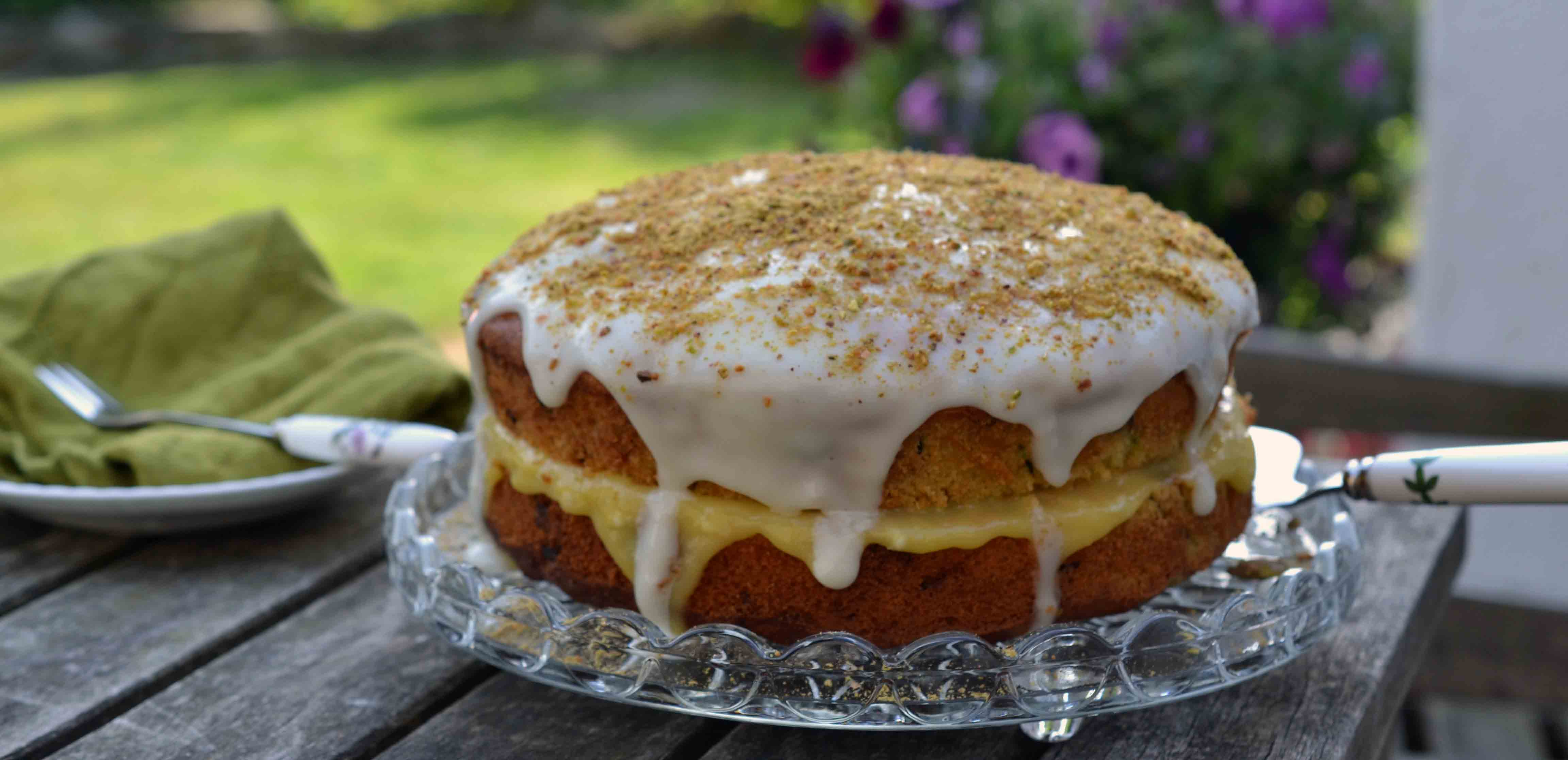 Courgette cake with Lemon, Lime & Pistachio