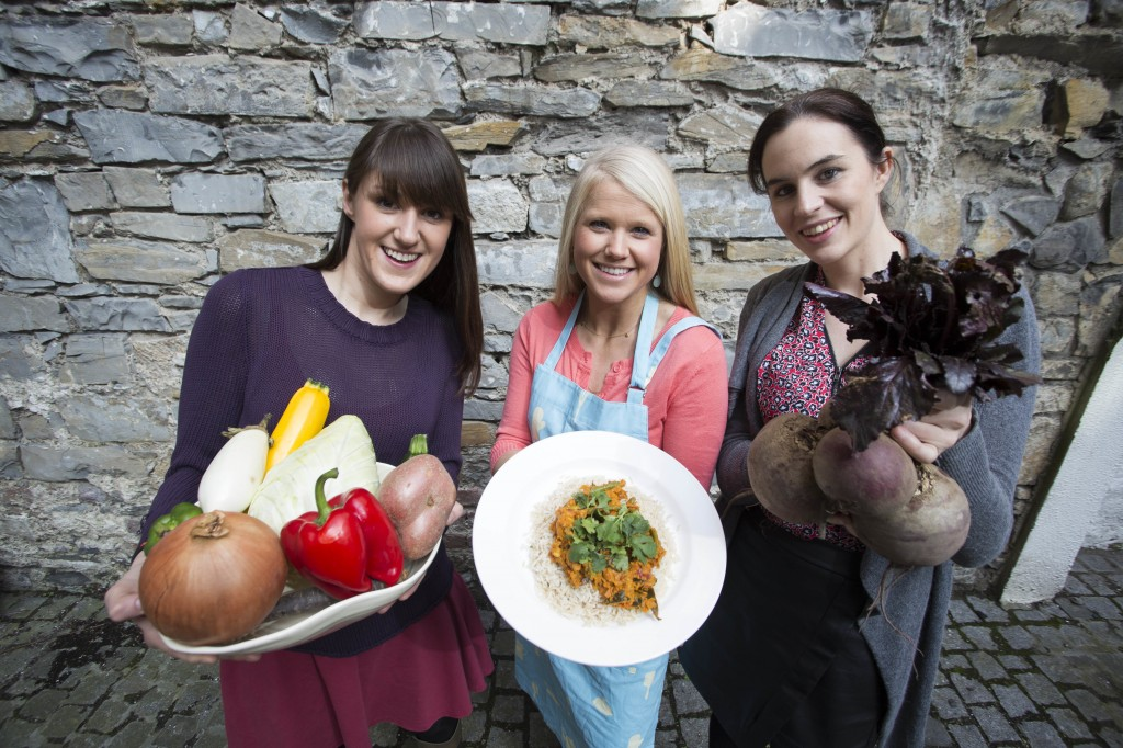 Pictured at the launch of the Foodcloud Fest are founders Iseult Ward and Aoibheann OBrien with food expert Spohie Morris
