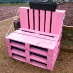 Sunday Snap: Pink Pallet Seat