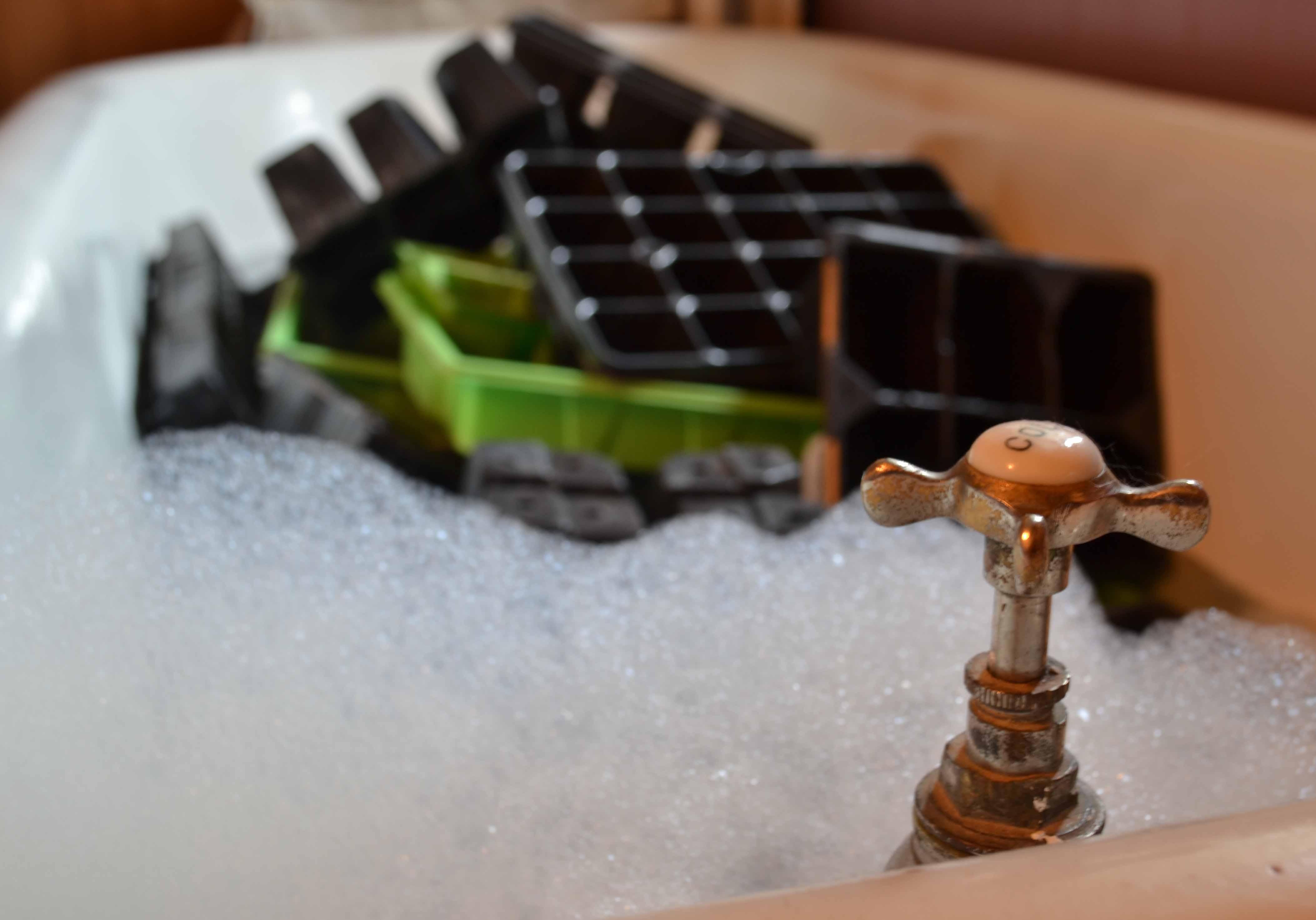 It's Pot & Module Bath Time