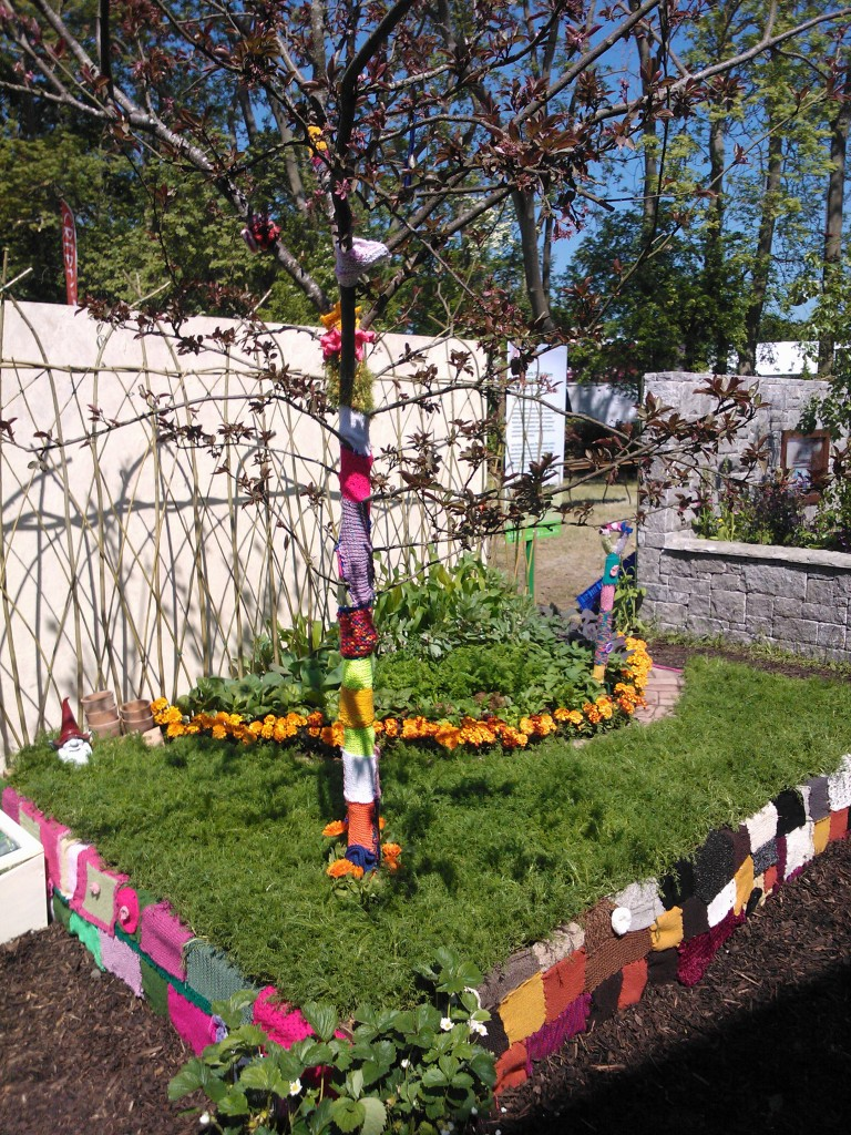 The CGN Postcard Garden At Bloom 2013