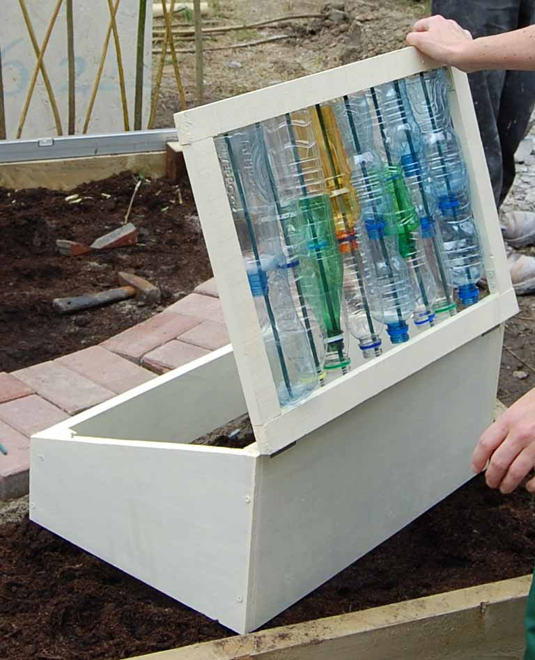 Cold Frames ~ A Handy Alternative to a GreenhouseGreenside Up