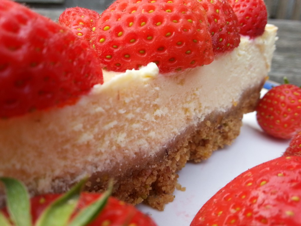 Strawberry Baked Cheesecake